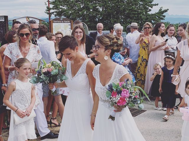 Le mariage de Coline et Justine à Contamine-Sarzin, Haute-Savoie 5