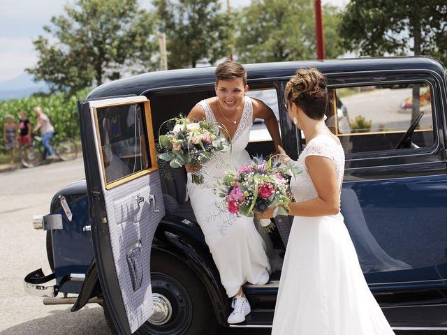 Le mariage de Coline et Justine à Contamine-Sarzin, Haute-Savoie 1