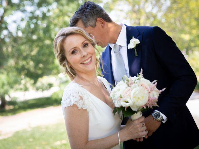 Le mariage de Damien et Elodie à Bordeaux, Gironde 3
