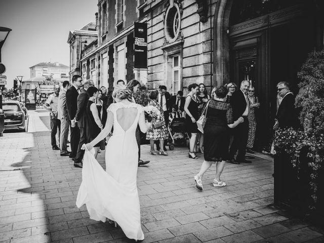 Le mariage de Damien et Elodie à Bordeaux, Gironde 18