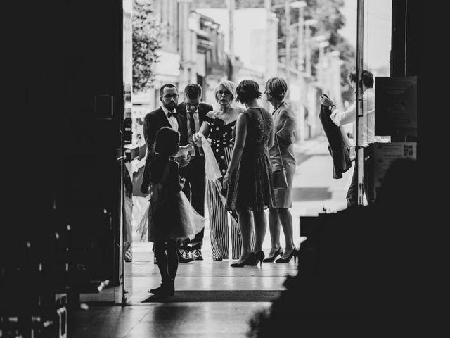Le mariage de Damien et Elodie à Bordeaux, Gironde 21