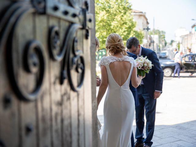 Le mariage de Damien et Elodie à Bordeaux, Gironde 24