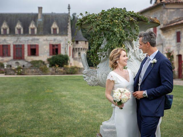 Le mariage de Damien et Elodie à Bordeaux, Gironde 35