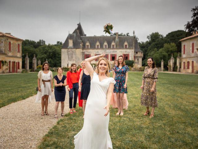 Le mariage de Damien et Elodie à Bordeaux, Gironde 44