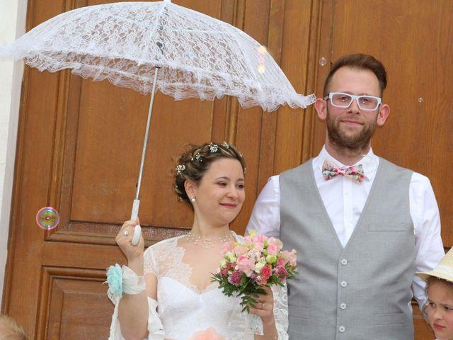 Le mariage de Adrien et Julie à Venoy, Yonne 13