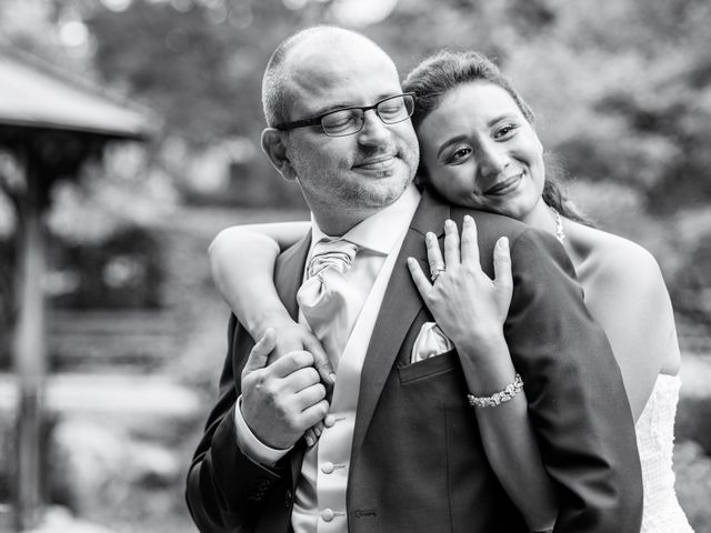 Le mariage de Olivier et Hanane à Châtillon, Hauts-de-Seine 35
