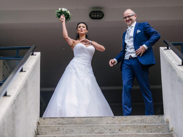 Le mariage de Olivier et Hanane à Châtillon, Hauts-de-Seine 41
