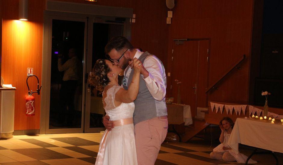 Le mariage de Adrien et Julie à Venoy, Yonne
