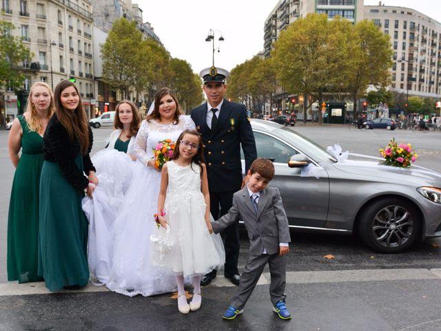 Le mariage de Julien et Amanda à Paris, Paris 37