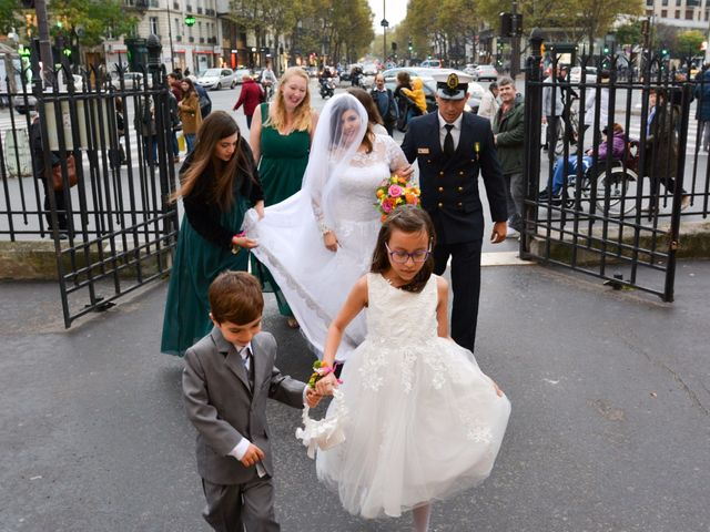 Le mariage de Julien et Amanda à Paris, Paris 38