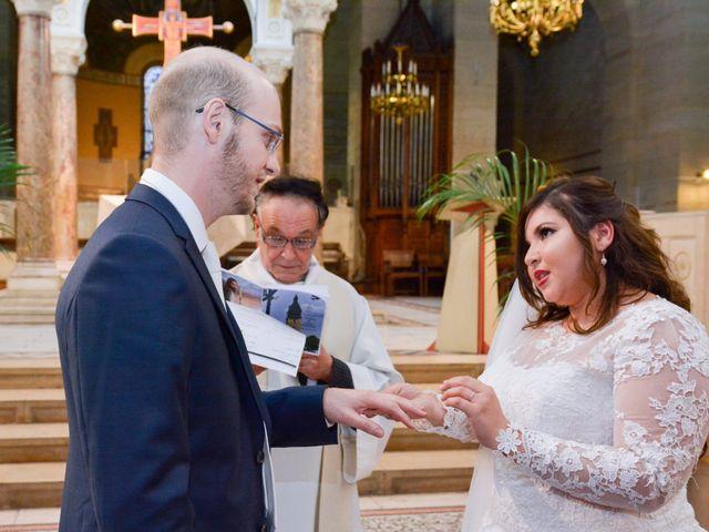 Le mariage de Julien et Amanda à Paris, Paris 45
