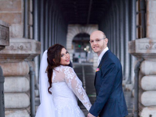 Le mariage de Julien et Amanda à Paris, Paris 62