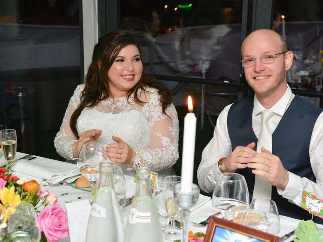 Le mariage de Julien et Amanda à Paris, Paris 74