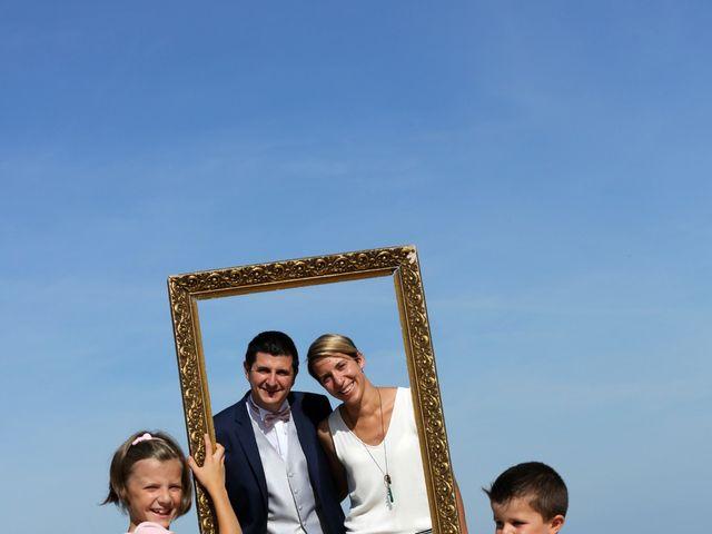 Le mariage de Sébastien et Marion à Ronce-les-Bains, Charente Maritime 1