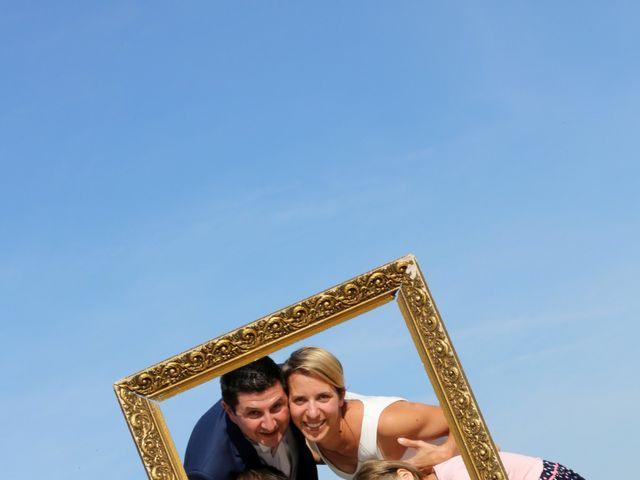 Le mariage de Sébastien et Marion à Ronce-les-Bains, Charente Maritime 19