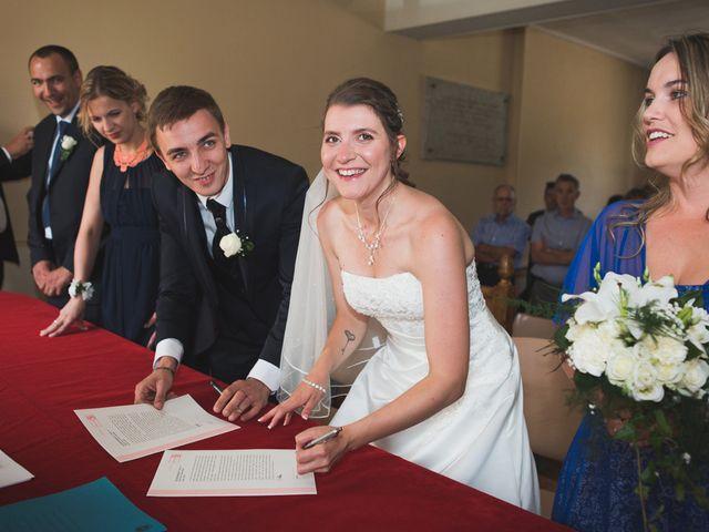Le mariage de Julien et Estelle à Marolles-sous-Lignières, Aube 15