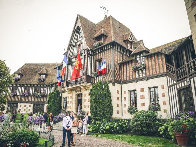 Le mariage de Jean-Charles et Lauriane à Deauville, Calvados 23