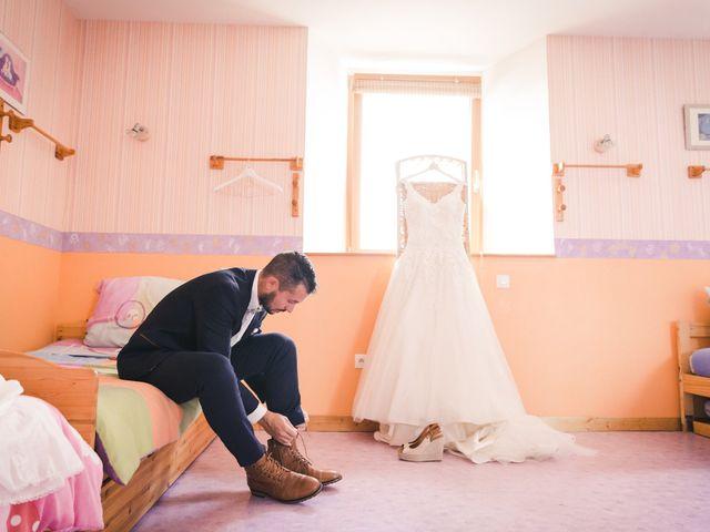 Le mariage de Valentin et Daisy à Entrammes, Mayenne 12