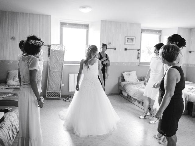 Le mariage de Valentin et Daisy à Entrammes, Mayenne 14