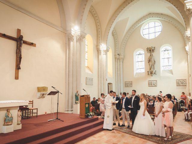 Le mariage de Valentin et Daisy à Entrammes, Mayenne 29