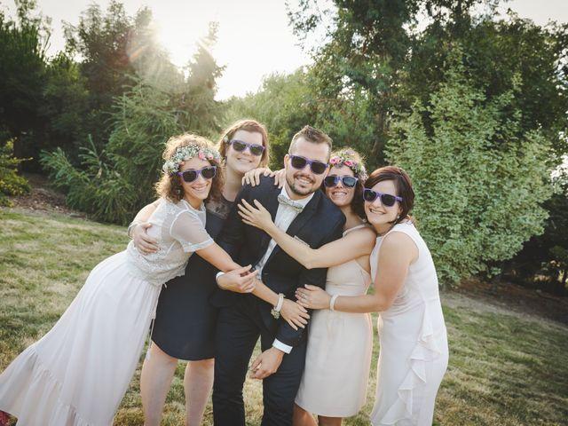 Le mariage de Valentin et Daisy à Entrammes, Mayenne 50