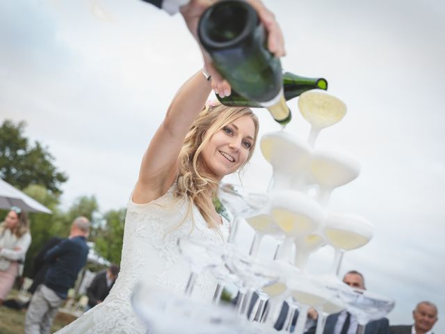 Le mariage de Valentin et Daisy à Entrammes, Mayenne 52