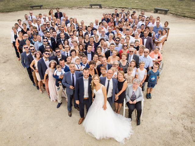 Le mariage de Valentin et Daisy à Entrammes, Mayenne 53