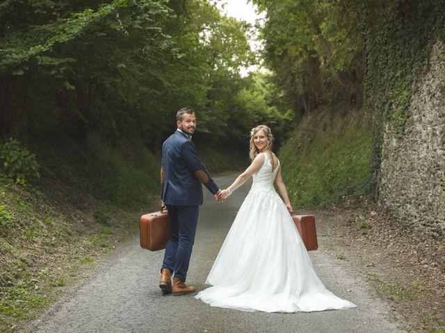 Le mariage de Valentin et Daisy à Entrammes, Mayenne 1