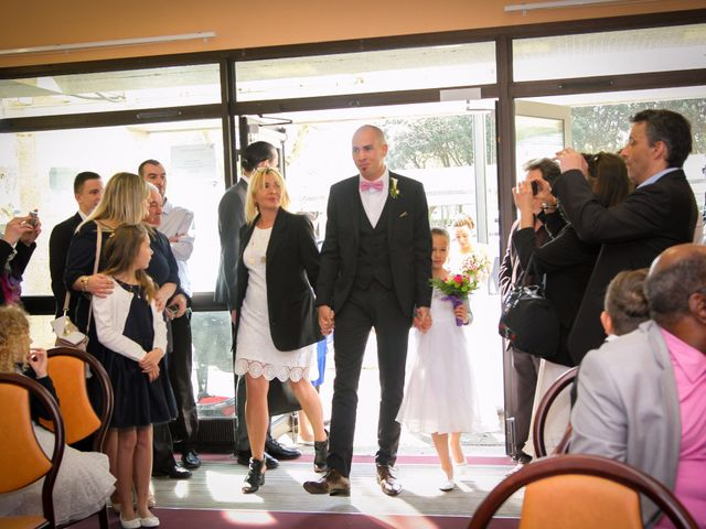 Le mariage de Allan et Elodie à Concarneau, Finistère 6