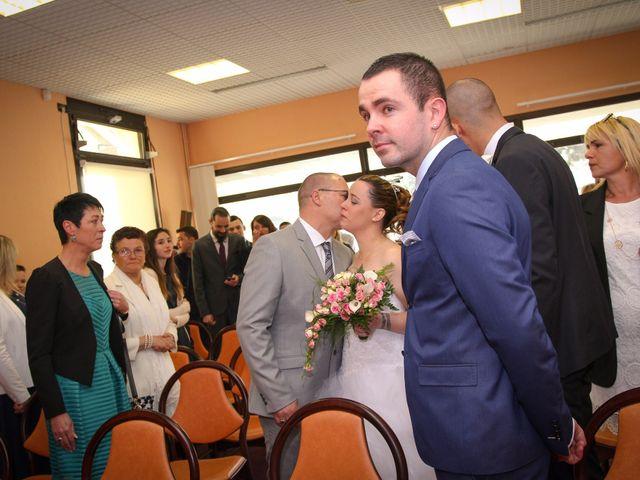 Le mariage de Allan et Elodie à Concarneau, Finistère 13