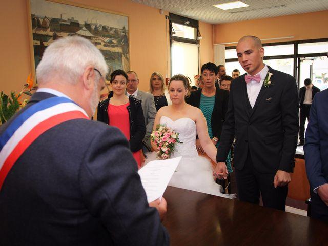 Le mariage de Allan et Elodie à Concarneau, Finistère 14