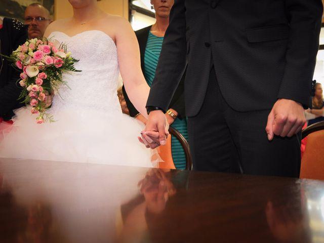 Le mariage de Allan et Elodie à Concarneau, Finistère 15