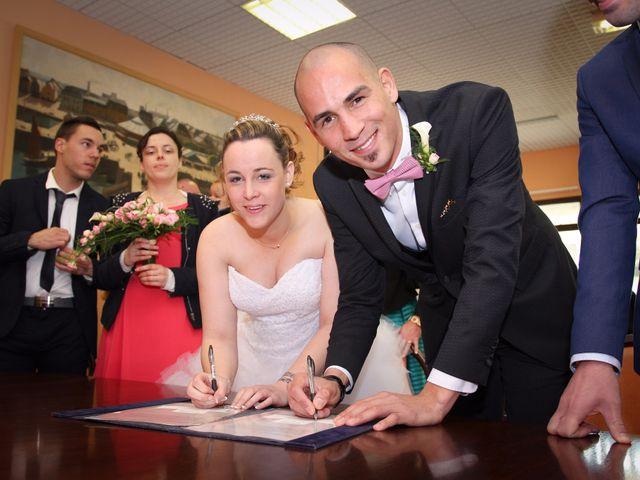 Le mariage de Allan et Elodie à Concarneau, Finistère 17