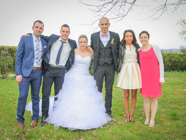 Le mariage de Allan et Elodie à Concarneau, Finistère 38