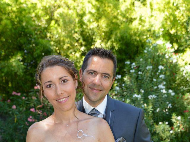 Le mariage de Cyrille et Caroline à Sainte-Cécile-les-Vignes, Vaucluse 3