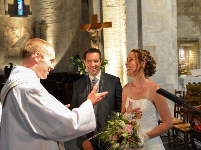 Le mariage de Cyrille et Caroline à Sainte-Cécile-les-Vignes, Vaucluse 15