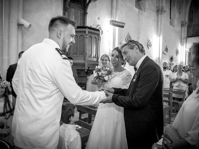 Le mariage de Thomas et Pauline à Hyères, Var 9