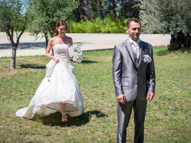 Le mariage de Nicolas et Christelle à Pierrelatte, Drôme 13