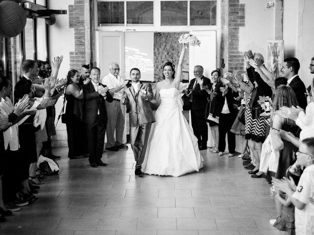Le mariage de Nicolas et Christelle à Pierrelatte, Drôme 32