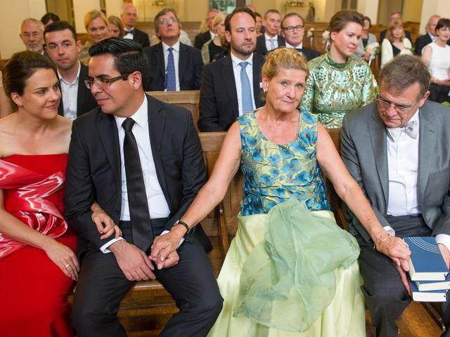 Le mariage de Jurg et Claudia à Paris, Paris 77