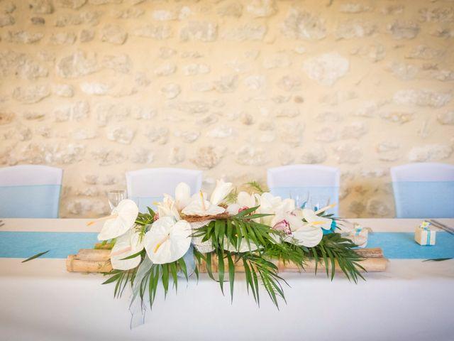Le mariage de Nicolas et Christelle à Pierrelatte, Drôme 16