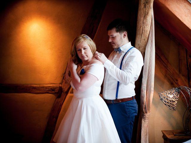 Le mariage de Fabien et Nathalie à Zimmersheim, Haut Rhin 10