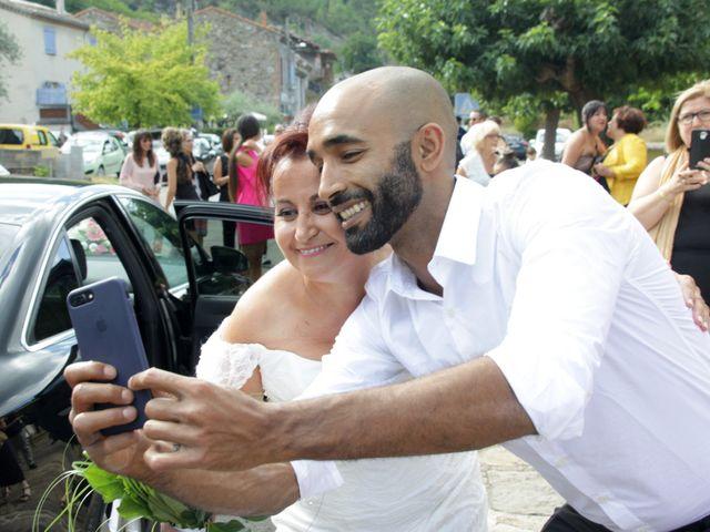Le mariage de Dominique et Djaïda à Molières-sur-Cèze, Gard 15