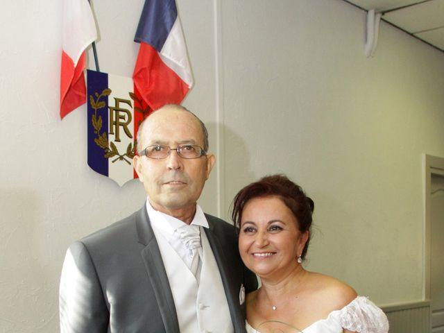 Le mariage de Dominique et Djaïda à Molières-sur-Cèze, Gard 37
