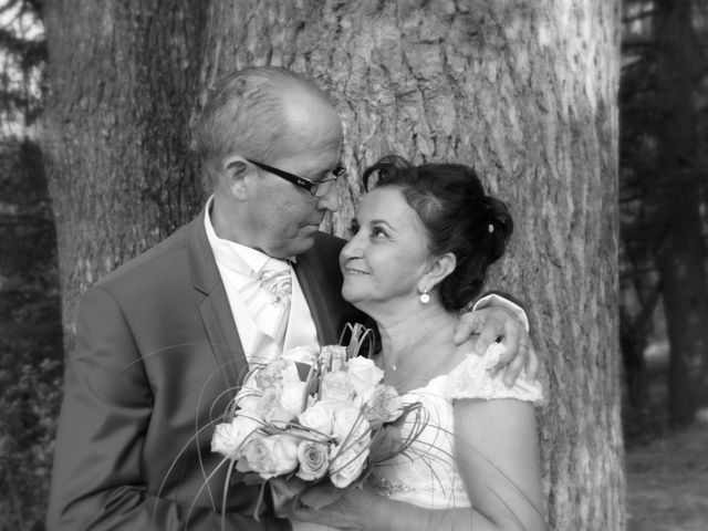 Le mariage de Dominique et Djaïda à Molières-sur-Cèze, Gard 58