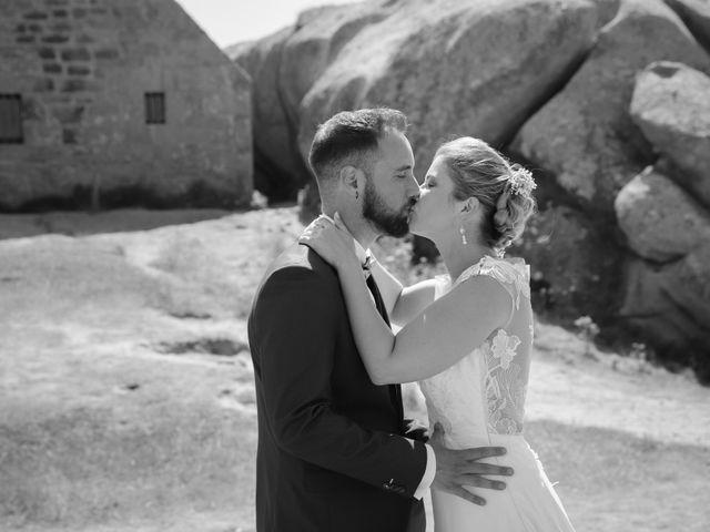 Le mariage de Aimé et Marina à La Roche-Maurice, Finistère 10