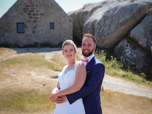 Le mariage de Aimé et Marina à La Roche-Maurice, Finistère 11
