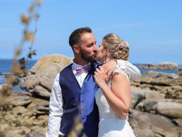 Le mariage de Aimé et Marina à La Roche-Maurice, Finistère 15