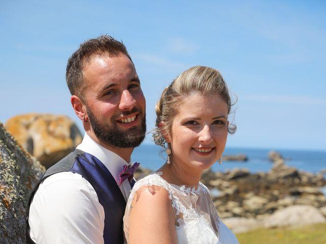Le mariage de Aimé et Marina à La Roche-Maurice, Finistère 17