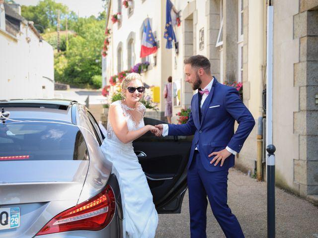 Le mariage de Aimé et Marina à La Roche-Maurice, Finistère 22